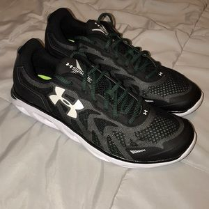 Under armor Spine shoes
